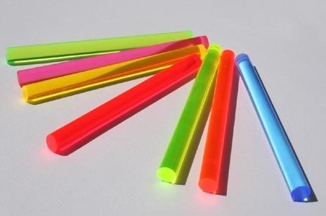 LISA fluoreszierender Acrylglas Rundstab orange D: 6mm , L: 1m, Leuchtstab, unter Hitze verformbar