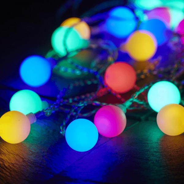 """LED Lichterkette """"Berry"""" - 50 bunte, opale LED - L: 7,35m - transparentes Kabel - Outdoor"""