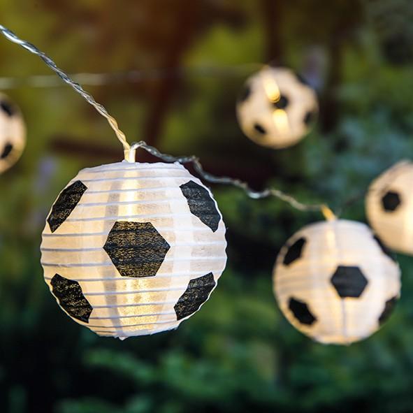 LED Solar Lichterkette Fußball - 10 Lampions - 5,10m - Dauer + Blinklicht